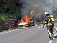 Fahrzeugbrand auf dem Schönberg (B415)