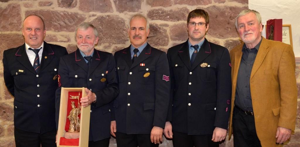 Bernd Wagner (Kommandant), Hermann Griesbaum (ehem. Abt. Kommandant), Michael Ruf (Abt. Kommandant), Stefan Eble (stv. Abt.-Kommandant), Franz Griesbaum (Ortsvorsteher)